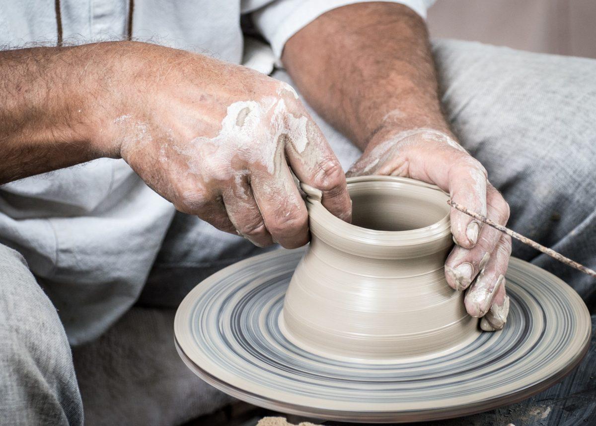 陶器と磁器の違い① 【 陶器 】