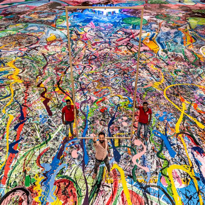 【世界最大の絵画、慈善オークションで67億円!】
